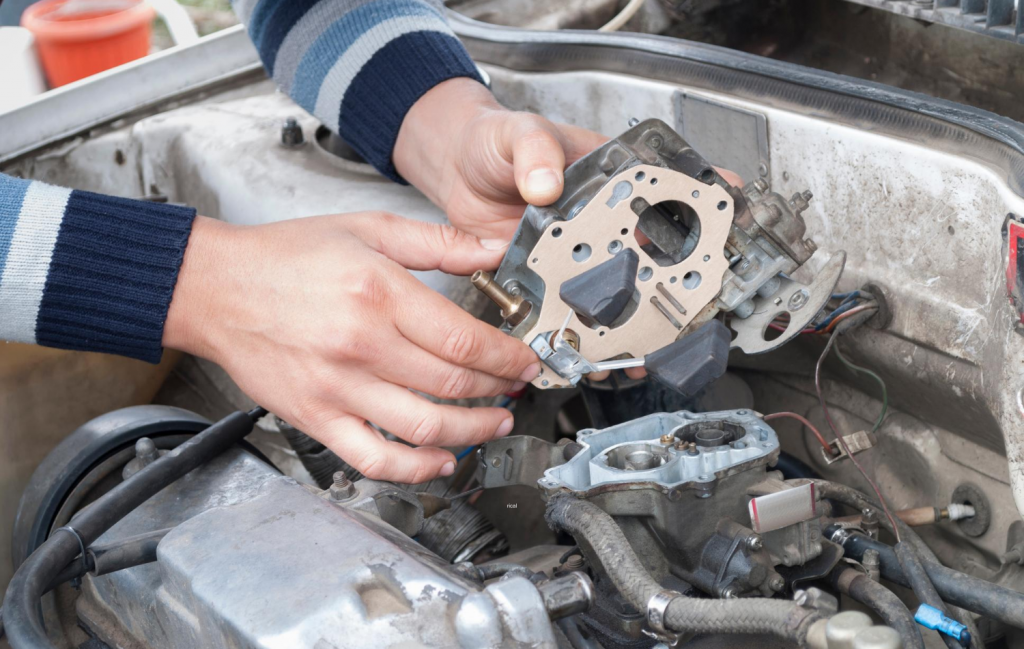 What Is the Difference Between a Lean and Rich Carburetor Mixture